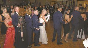zabawa z tańcem na weselu